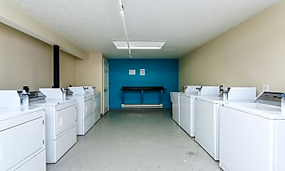Bathroom, 256 Lyndhurst Pl, 2