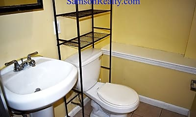 Bathroom, 20 Medway St, 2