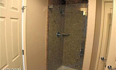 Bathroom, 150 Las Vegas Blvd N 805, 2