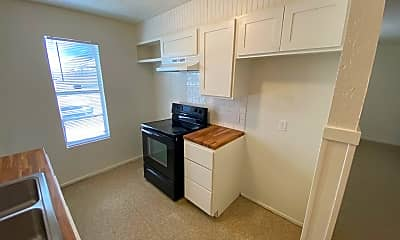 Kitchen, 3110 Salisbury Ave, 1