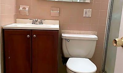 Bathroom, 23-43 Corporal Kennedy St, 2