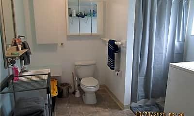 Bathroom, 1450 5th Ave, 2