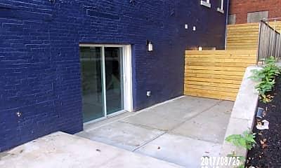 Patio / Deck, 2600 Josephine St, 1