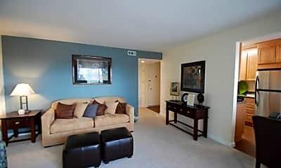 Laurel Heights Apartments, 1