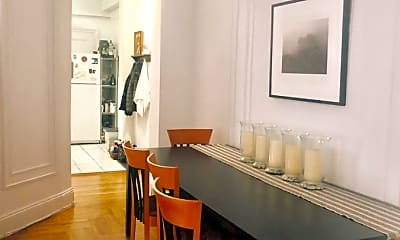 Living Room, 206 Lincoln Pl, 1