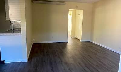 Living Room, 1111 Hornblend St, 0