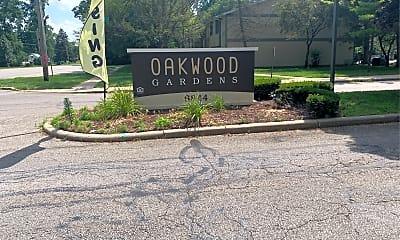 Oakwood Gardens, 1