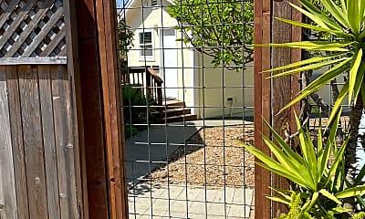 Pool house outside.jpg, 1133 Larkin way, 0
