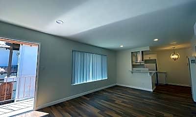 Living Room, 101 N Sierra Bonita Ave, 1