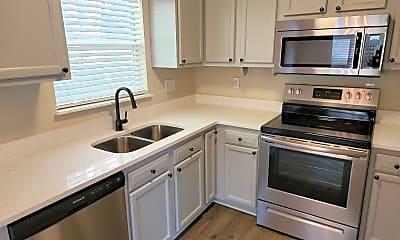 Kitchen, 139 Vernis Ave, 1