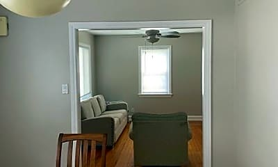 Dining Room, 7703 Winchester Ave, 2
