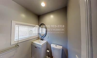Bathroom, 4115 Lusk St, 2