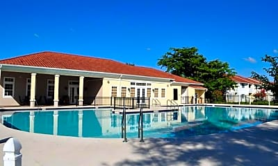 Pool, The Glen at Lauderhill, 2