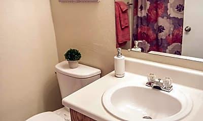 Bathroom, 926 West, 2