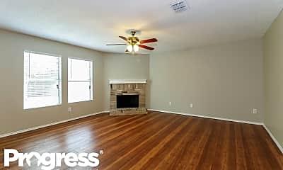 Living Room, 216 Queen Annes Dr, 1