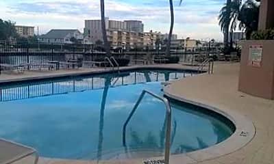 Pool, 2880 NE 14th St, 2