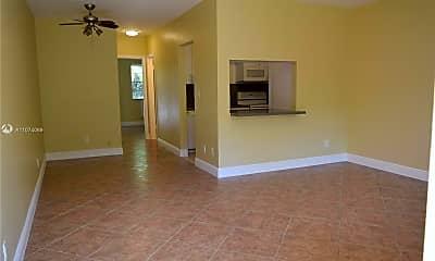 Living Room, 2915 Plunkett St 2D, 1