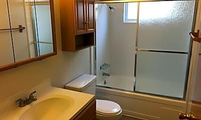 Bathroom, 14433 Bancroft Ave, 2