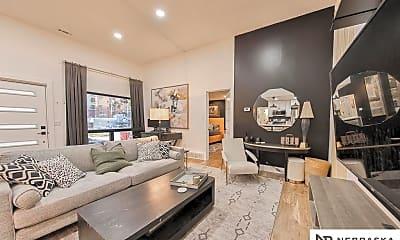Living Room, 3619 Leavenworth Ct, 2