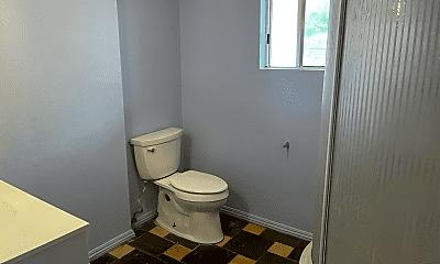 Bathroom, 35373 Pine Dr, 2