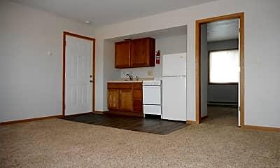 Kitchen, 909 28th St SE, 1