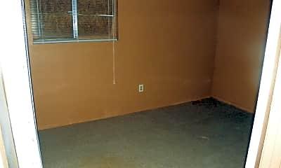 Bedroom, 371 S Orleans St, 2