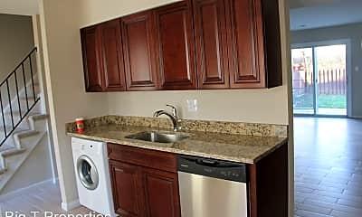Kitchen, 8307 Irongate Way, 2