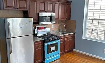 Kitchen, 832 E 219th St 1, 1