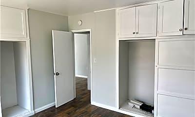Bedroom, 1144 Knoll Dr B, 1