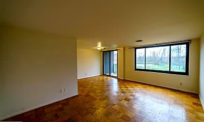 Living Room, 3450 Toledo Terrace 421, 1