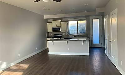 Living Room, 720 Bluffs Ct 103, 0