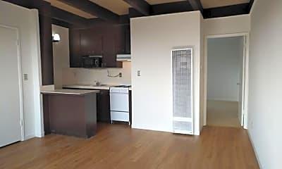 Kitchen, 981 Elizabeth St, 1