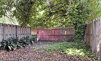 Patio / Deck, Riviera Court, 2
