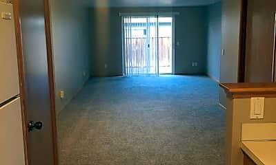 Living Room, 1507 N Wildcat Way, 2