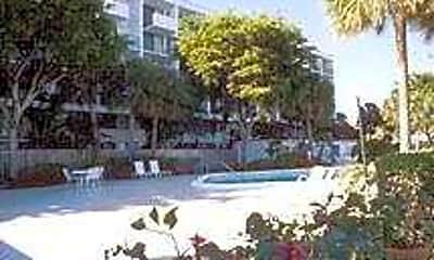 Lakeshore Club Condominiums, 1