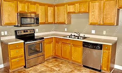 Kitchen, 12 Dallas Ln, 1