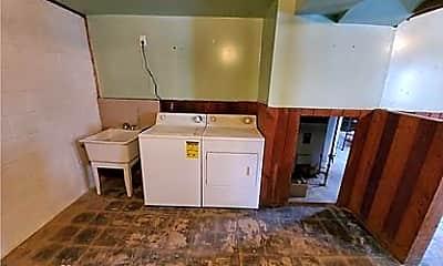 Kitchen, 1008 Hudson St, 2