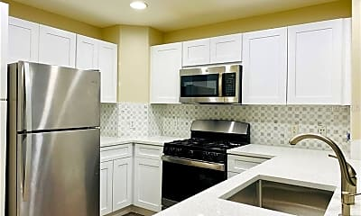 Kitchen, 7644 Heritage Crossing Way 301, 0
