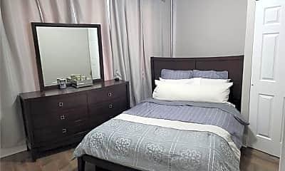 Bedroom, 2867 Lawton Ave, 1