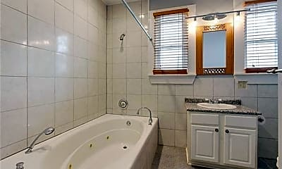 Bathroom, 3601 State St Dr, 2