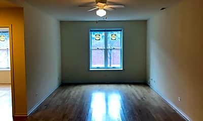 Living Room, 1034 W Waveland Ave, 0