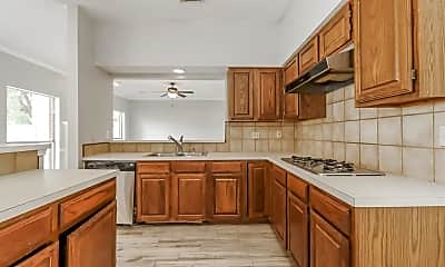 Kitchen, 8114 Forest Commons St, 1