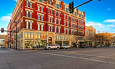 Eaton Place, 1
