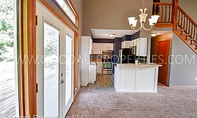 Kitchen, 400 31st St, 1