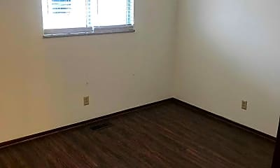 Bedroom, Farmdale Apartments, 2