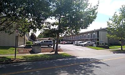West Hills Village, 0