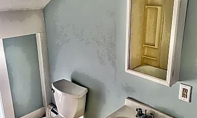 Bathroom, 191 Princeton St, 2