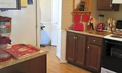 Kitchen, 426 Georgetown Cir, 2