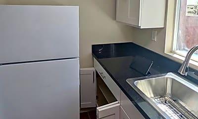 Kitchen, 6624 Lemon Hill Ave, 1
