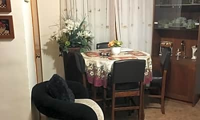 Dining Room, 76 Wesley St, 1